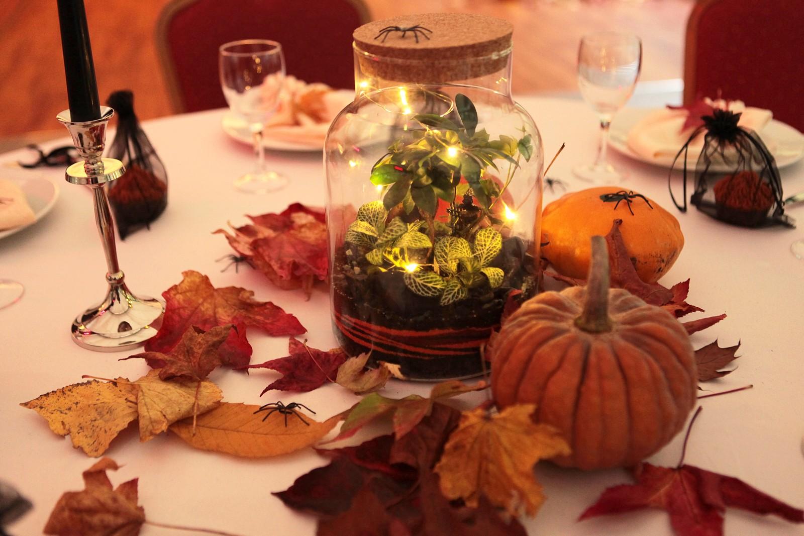 Décoration terrarium pour mariage Halloween par Petit monde
